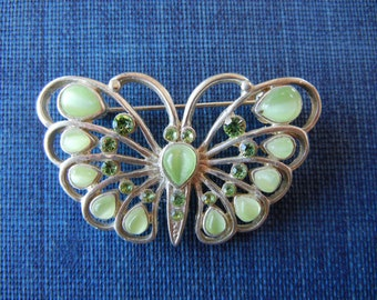 Vintage Butterfly brooch green glass and silver tone metal jewelry pale green cutout details and sweet design glass pin back