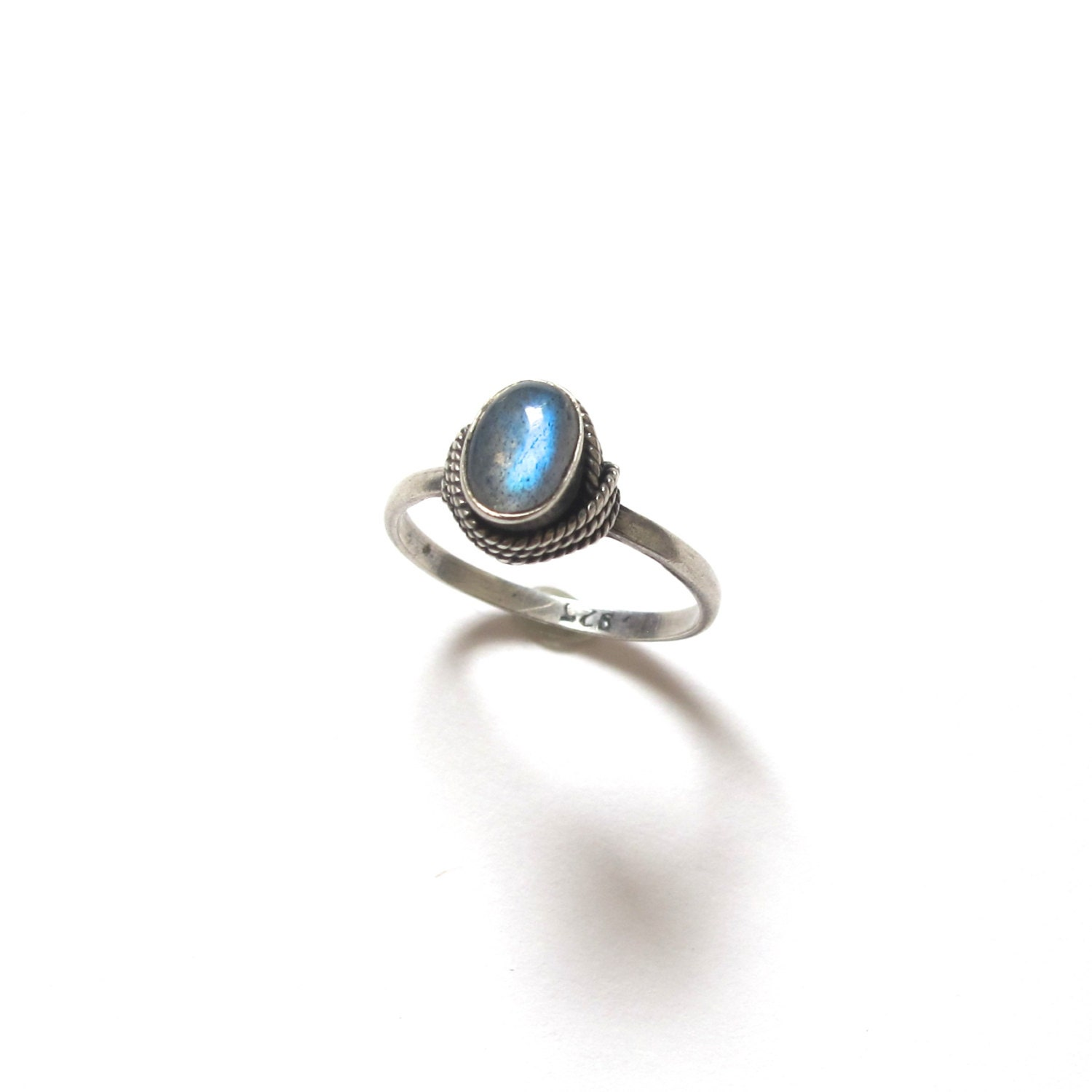 vintage sterling silver labradorite ring by goldeluxe