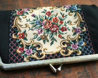 Vintage  Floral Embroidered Coin Purse