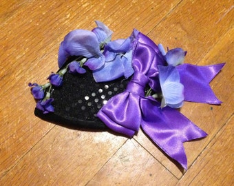 Mini fascinator hat with bow and flowers, black sequins,made by Jupiter Moon 3