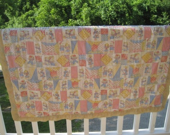 Mid Century Handmade Raggedy Ann & Andy Baby Quilt-Hand Tied Raggedy Ann And Andy Quilt-Vintage Nursery Decor-Baby/Toddler Quilt-Collectible