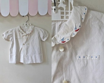 vintage 1940s toddler sleepwear - SAIL embroidery sleep shirt / 2-3T