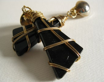1970s Black and Gold Wired Clip Earrings