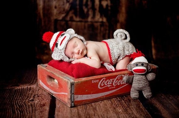 Photo Prop Sock Monkey Diaper Сover and Hat Set Newborn Photography Newborn Boy Set Baby Picture Props for Newborn Baby Photo Prop Crochet