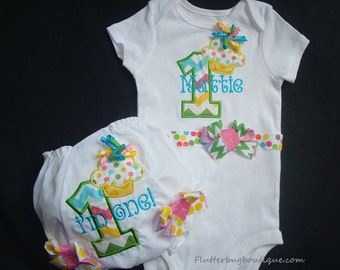 PERSONALIZED 1ST BIRTHDAY Bodysuit and Bloomers Set - Birthday Outfit - Cupcake Birthday -Smash Cake Set -Appliqued Number and Cupcake