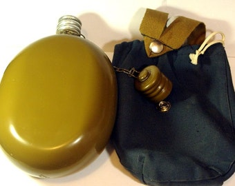 Russian army water flask. USSR military flask. In Cover. Like new.