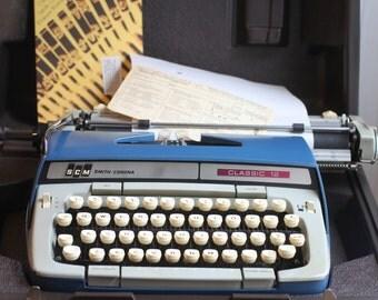 Vintage  Smith Corona Typewriter, 1960s Blue Classic Portable Typewriter, Vintage Office, SCM Classic 12, Travel Typewriter