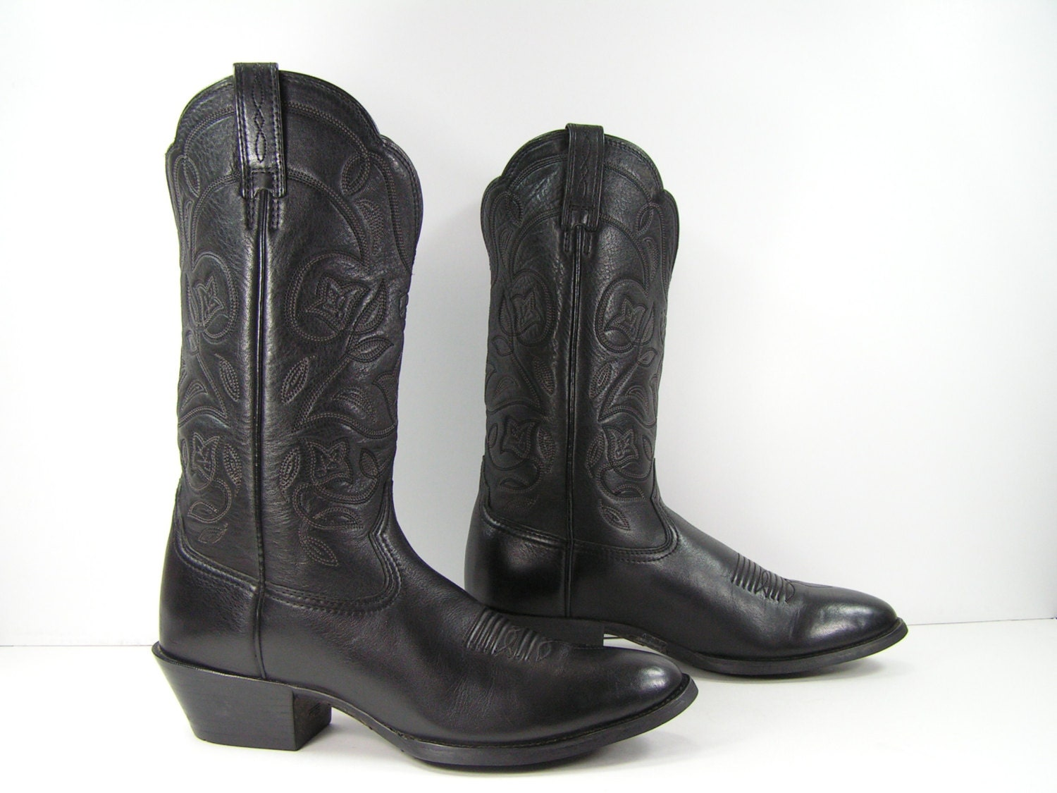 ariat cowboy boots women's 8 M B black soft by vintagecowboyboots