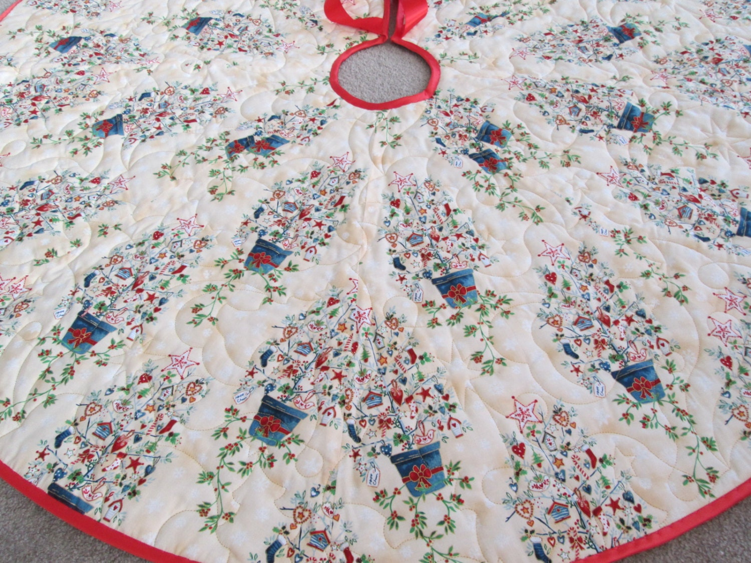 Tree Skirt Quilted 59