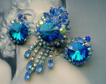 DeLizza and Elster a/k/a Juliana Tiered Blue Rivoli Dangle Brooch Pendant and Earrings Demi Parure