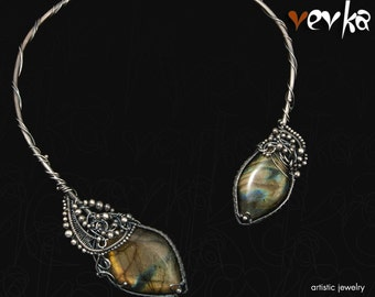 Escape From a Maze Necklace - Silver and Labradorite Cabochons