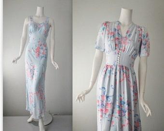 40's Peignoir Set / 1940's Bias Cut Floral Bouquet Print Rayon Slip Dressing Gown Boudoir Set S