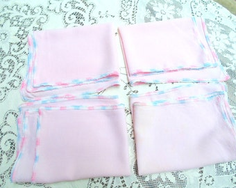Mid Century 4 PINK PLACEMATS Cotton w/ Embroidery Edges 15 x 12 Table Linens vintage 1950s