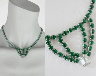 Vintage 50s Necklace / 1950s Green Rhinestone Necklace