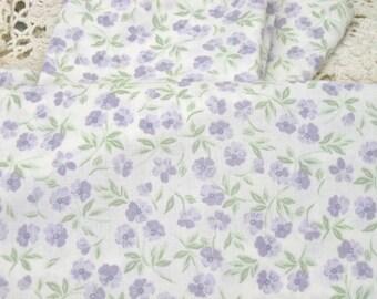 VINTAGE SHEET Fat Quarter Purple Lavender Floral VSPR-01