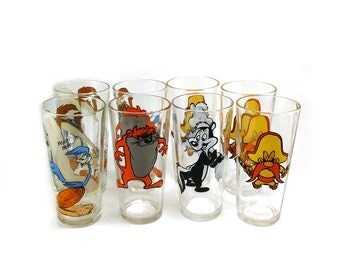 1973 Warner Bros drinking glasses, set of 8 / Collectible Series / Pepsi