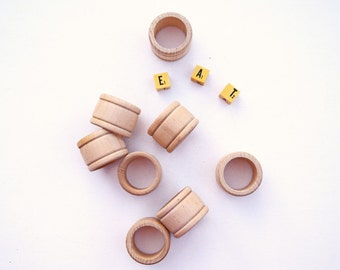 Wooden napkin rings set of 8 dinner party Easter