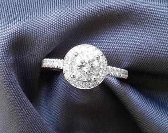 1 Carat Diamond Engagement Ring in 18k White Gold