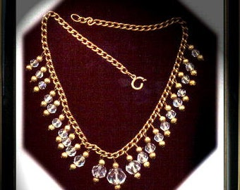 Beautiful Vintage Crystal Necklace