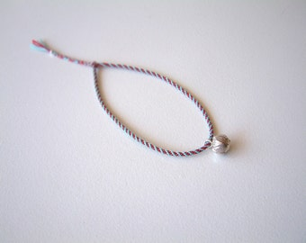LOTuS PoD - Thin Cord Bracelet - Woven - Durable - Surfer Style / Hand Knotted by fig&fig