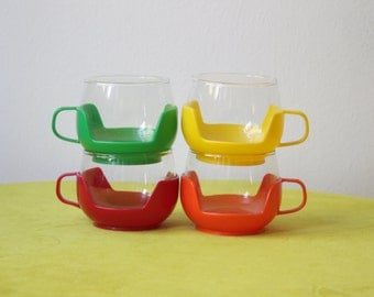 Vintage Colorful Set of 4 Picnic Cups