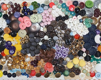 Buttons Mixed Lot of 400 Sets and Singles Destash