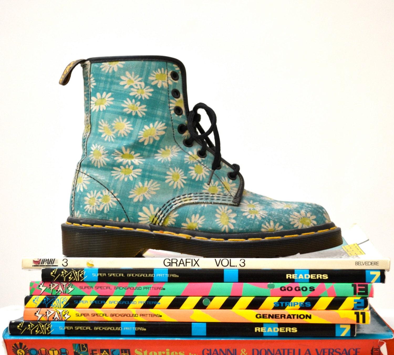 90s Vintage Dr Martens Floral Print Boots Size 7 7 1 2 Uk