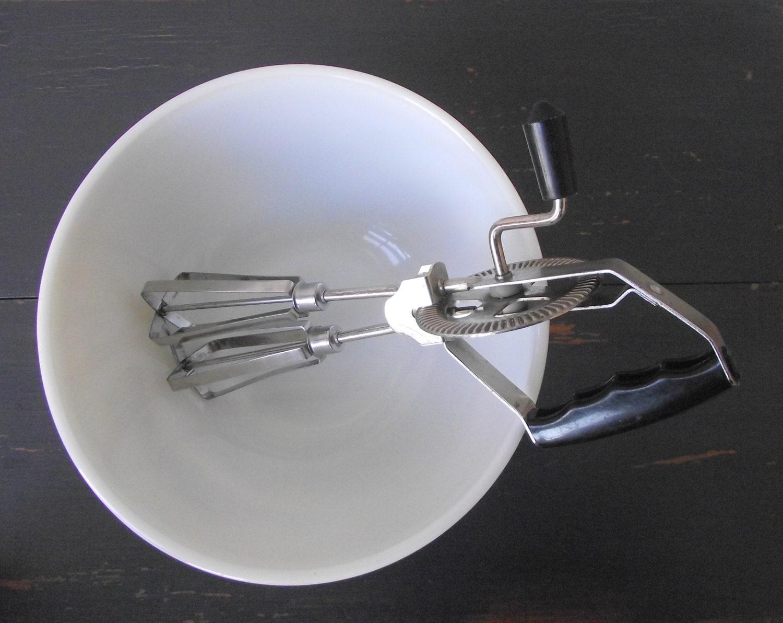 Manual Hand Mixer ~ Vintage hand mixer manual egg beater retro kitchen tool