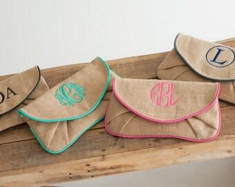 Burlap Clutch- Monogrammed Burlap Clutch- Burlap Wristlet- Burlap Crossbody Bag- Monogrammed Clutch- Bridesmaid Gift- Monogram Wristlet