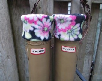 Fleece Rain Boot Liners, Floral Cuff with Black Sock,Tall  Boots, Boot Accessories,Fashion, Rain, Size /med/Lrg 9-11 Boot Size
