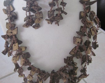 WOOD tribal necklace and earring set