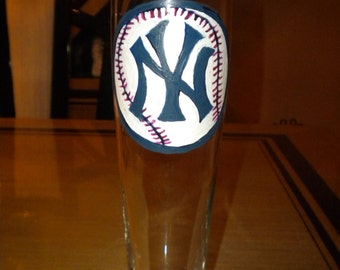Hand Painted NY Yankees Beer Glass