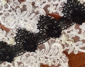 Black Venice Lace Trim Retro Rose Scalloped Lace 2 Inches Wide 2 yards