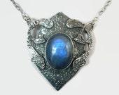 Midevil Jewelry Pendant, Sterling Silver Labradorite Pendant, Labradorite Necklace, Mideval Style Pendant, Sterling Silver Necklace