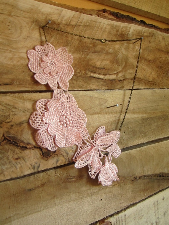 Pink Lace Floral Necklace, Lace Boho Chic , Bridesmaids Gifts, Bridal Jewelry,flower necklace, venice lace, pink, statement
