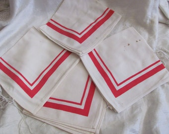 Set of 4 Vintage White Red Linen Cotton Dinner Napkins 14""