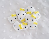4pcs - Medium Kitty with Yellow Bow Decoden Cabochon (28x22mm) HKM10010