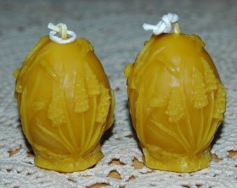 Flower Candles ~ Pure Beeswax Easter Candles ~ Daffodil Candles ~ Springtime Beeswax Candles ~ Egg Shaped Beeswax Candle ~ Grape Hyacinths