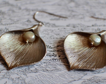 Large silver calla lily and pearl earrings, silver and pearl earrings