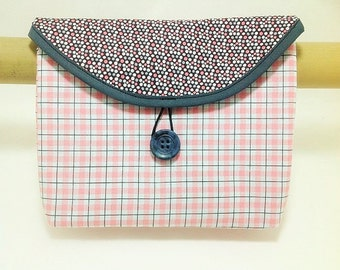 Bike Handlebar Bag in a Pink and Black Plaid