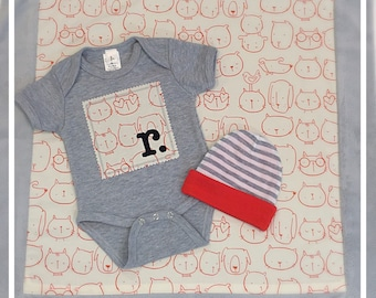 Baby Gift Set , Personalized Infant Bodysuit , Reversible Beanie ,  Minky Style Mini Travel Blanket , Baby Shower Gifts , Gender Neutral