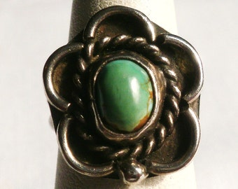 Vintage Sterling Silver Turquoise Ring-Size 4 1/2