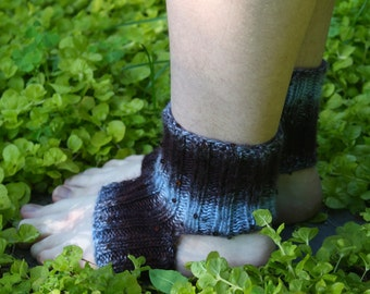 Knit Yoga Pilates Socks Blue Brown Sequins Stirrup Socks Flip Flop Socks Spa Socks Coffee Fashion Accessories