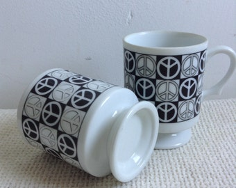 2 Vintage Peace Sign Pedestal Cups.  Black and White Peace Signs. Hippie Kitsch.  Mid century modern, Danish Modern, Eames era. 1960's.