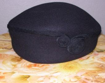 LIZ CLAIBORNE Ladies Black Wool Felt Hat ,