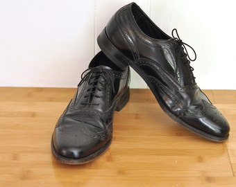 Mens Shoes Vintage Black Full Brogue Wingtip Leather Made in USA Florsheim Oxford size 10C Dress Shoes 1940's Mens Fashion