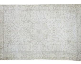 6.5x10 Distressed Oushak Carpet