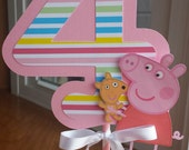 Peppa Pig Centerpiece with Age, Choice of Colors and Age