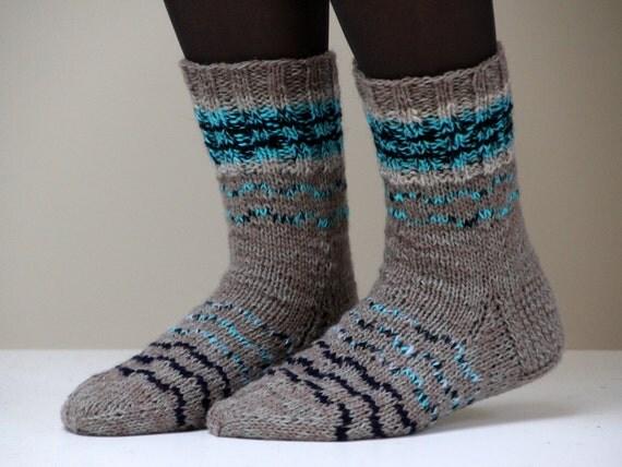 Size US woman's 7 (or EU 37.5), Warm hand knit wool socks, grey with blue stripes