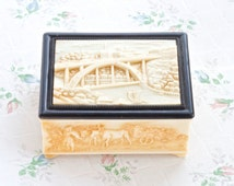 Antique Faux Ivory Cigarette Box - Celluloid Raised Figures - depositato Trinket Box - Made in Portugal